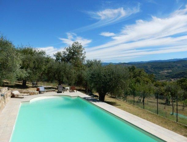 casale-le-pergole-pontassieve-hetzwembad.jpg