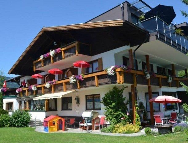 gastehaus elizabeth - voorkant huis.jpg