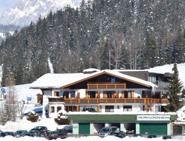gastehaus elizabeth-huisinsneeuw.jpg
