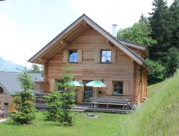 huttendorp schladming-huis2.jpg